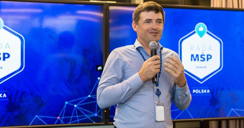 Robert Bednarski, prezes Facebooka na region CEE podczas wydarzenia inicjującego działalność Rady MŚP