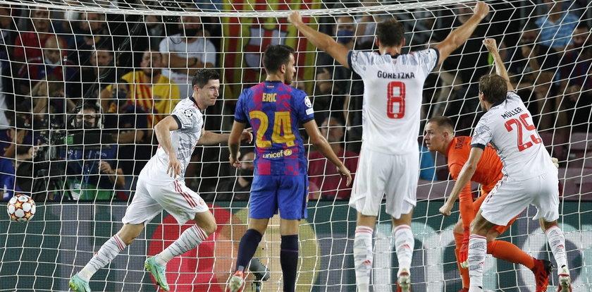 Liga Mistrzów. Robert Lewandowski wbił dwa gole Barcelonie. Kosmiczne liczby Polaka