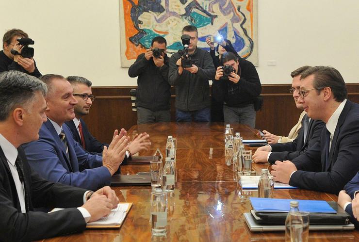 Predsednik Srbije Aleksandar Vučić, Radovan Visković