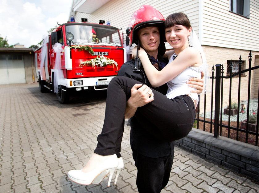 Strażak z zabrza się ożenił