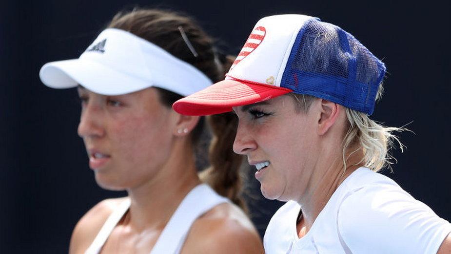 Jessica Pegula (z lewej) i Bethanie Mattek-Sands (z prawej)