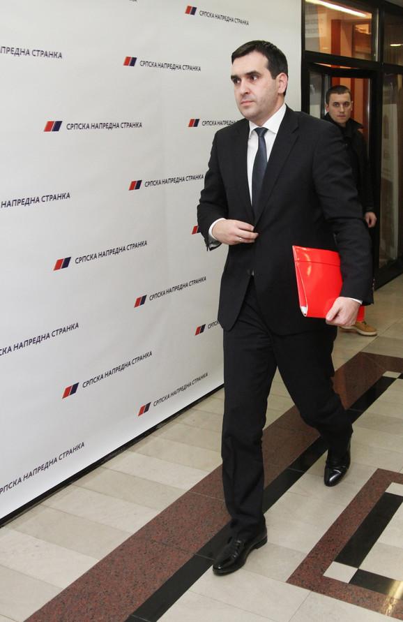 Radomir Nikolić, Kragujevac, 300 miliona dinara iz budžetske rezerve