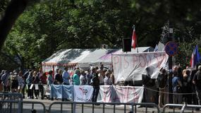 Onet24: spór opozycji i PiS ws. sądów
