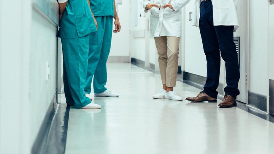 Lekarze z Ostrzeszowskiego Centrum Zdrowia szukali pomocy w innych placówkach