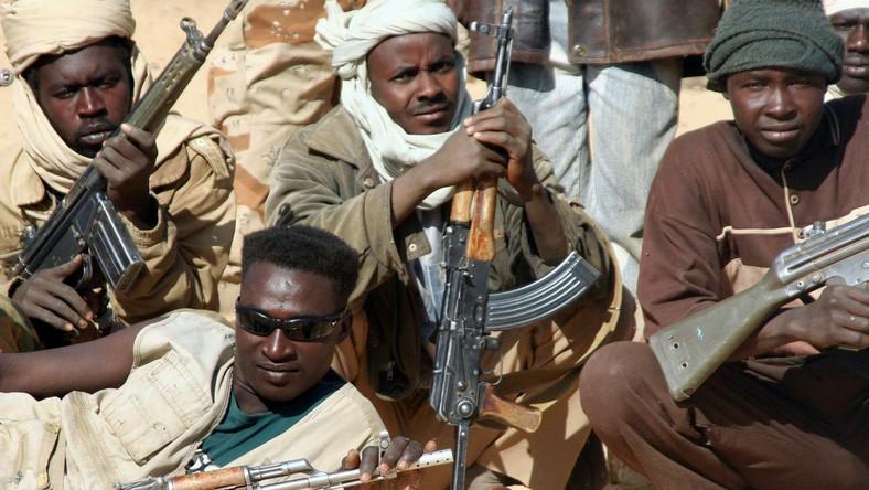 Darfur wciąż spływa krwią