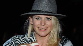 Maria Sadowska w bardzo dziwnej stylizacji na otwarciu festiwalu filmowego