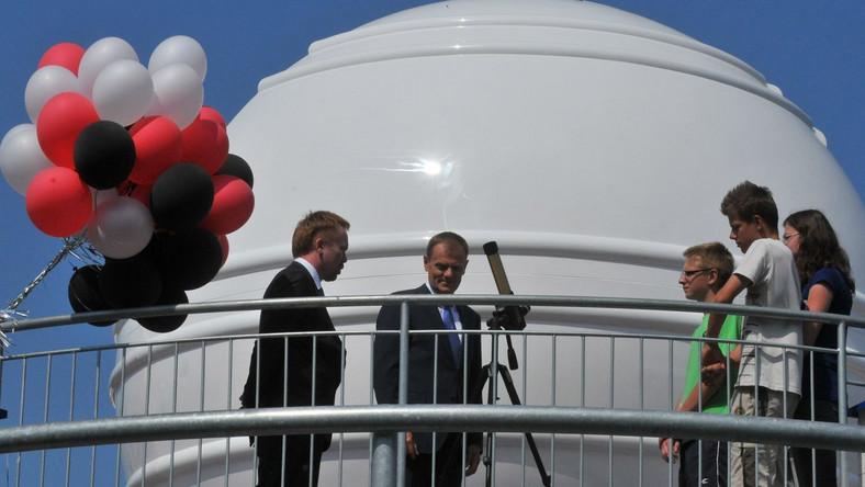 Donald Tusk w Astro-bazie