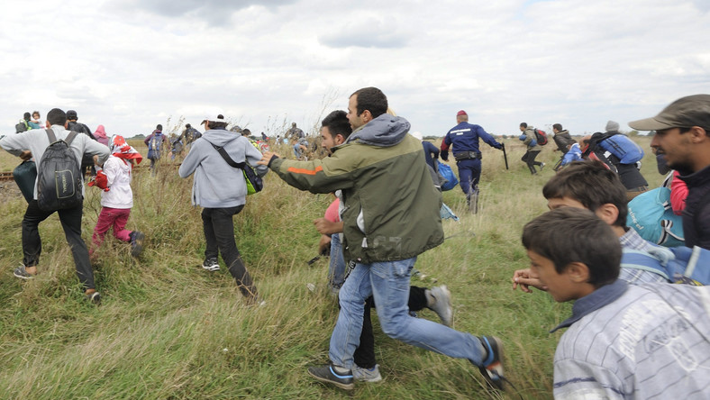 Ucieczka imigrantów z obozu w Roske