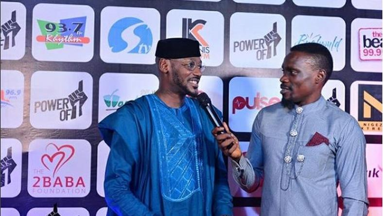 2face Idibia being interviewed by Andre Blaze