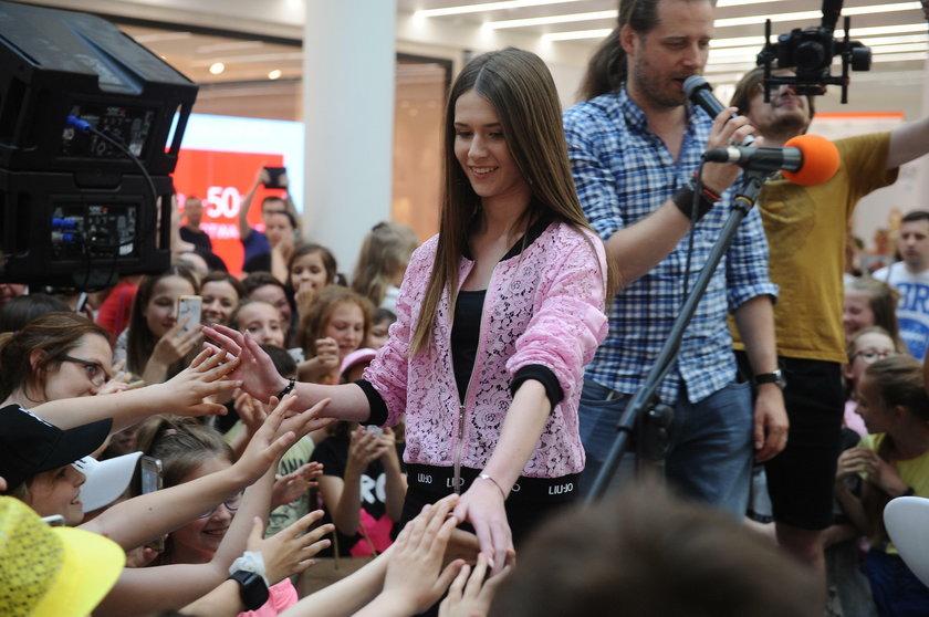 Roksana Węgiel na spotkaniu z fanami