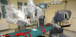 Robot zrobi operację