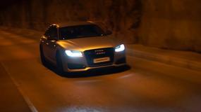 Audi S8 Plus w tunelu – jak odrzutowiec
