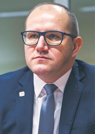 Szef GDDKiA: Nowe przepisy mogą wydłużyć inwestycje [WYWIAD]