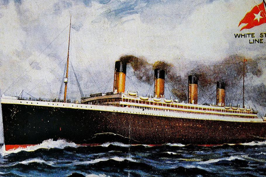 Pre-disaster postcard, front depicting the Titanic.