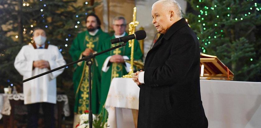 Jest wniosek o ukaranie uczestników mszy z udziałem prezesa PiS