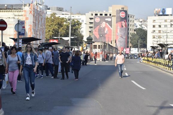 Beograđani i dalje pešače