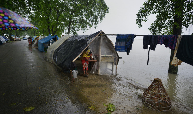 India flood, EPA, STR