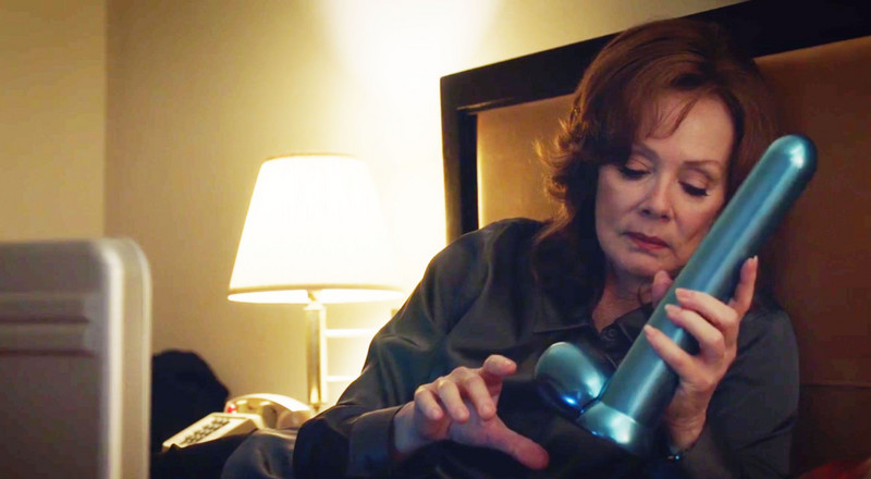 Jean Smart Was Just as Shocked by That Doctor Manhattan Sex Toy as the Rest of Us