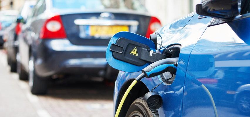 Samochody elektryczne - ile kosztuje podróż autem elektrycznym na koniec Europy?