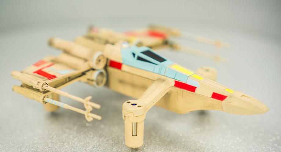 Star Wars T-65 X-Wing Starfighter: RC-Kopter von Propel im Test