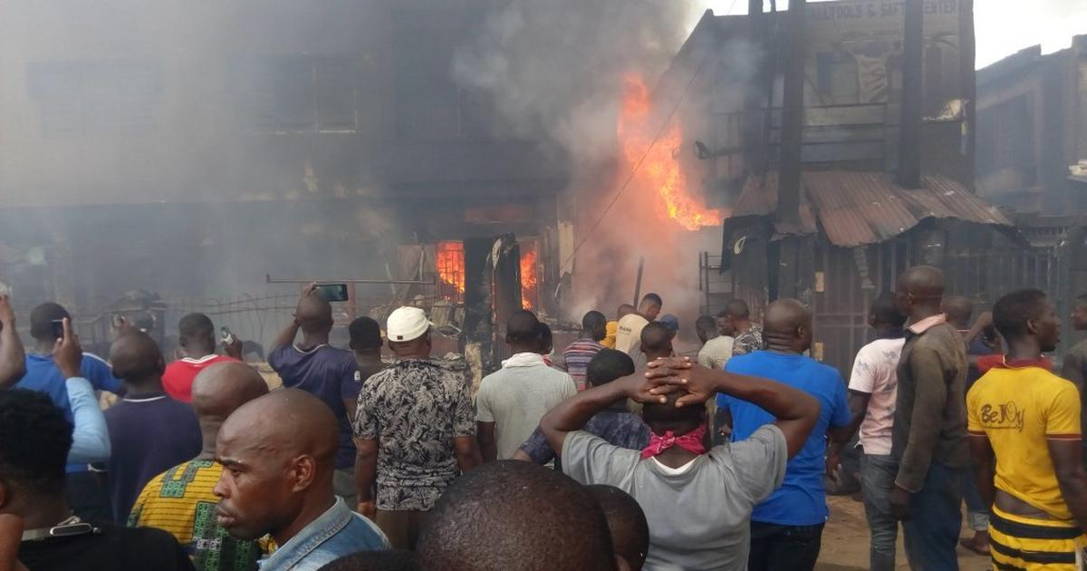 Onitsha Fire: Traders blame poorly equipped fire service for losses - Pulse Nigeria