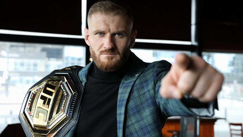 Mistrz federacji UFC w wadze półciężkiej mieszanych sztuk walki Jan Błachowicz