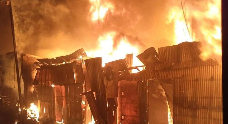 Early morning fire razes down Gikomba Market [Photos]