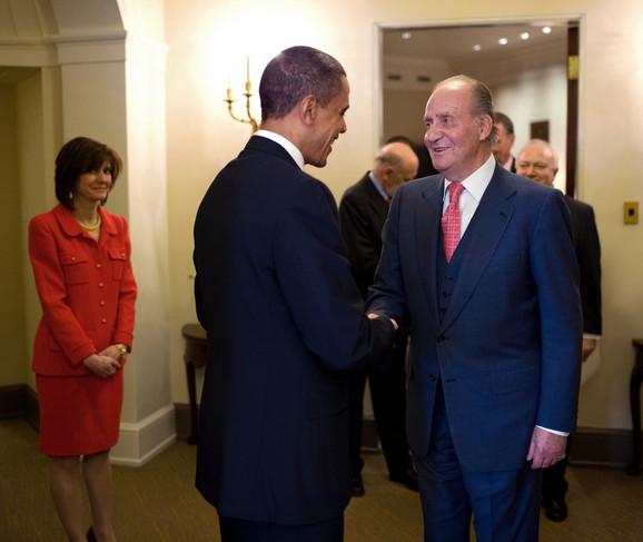 Kaprisija Penavić Maršal (levo) bila je šef protokola Bele kuće