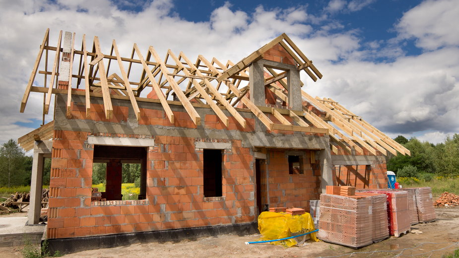 10 najczęstszych błędów przy budowie domu. Jak ich uniknąć?