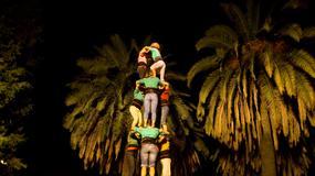 Castells – niezwykłe wieże z ludzi; tradycja Katalonii