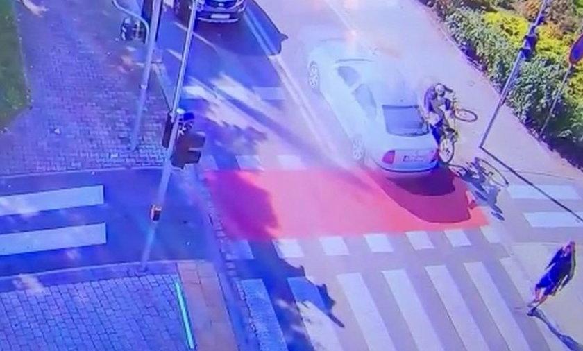 Potrącenie rowerzysty w Lubinie. Nikt nie pomógł poszkodowanemu