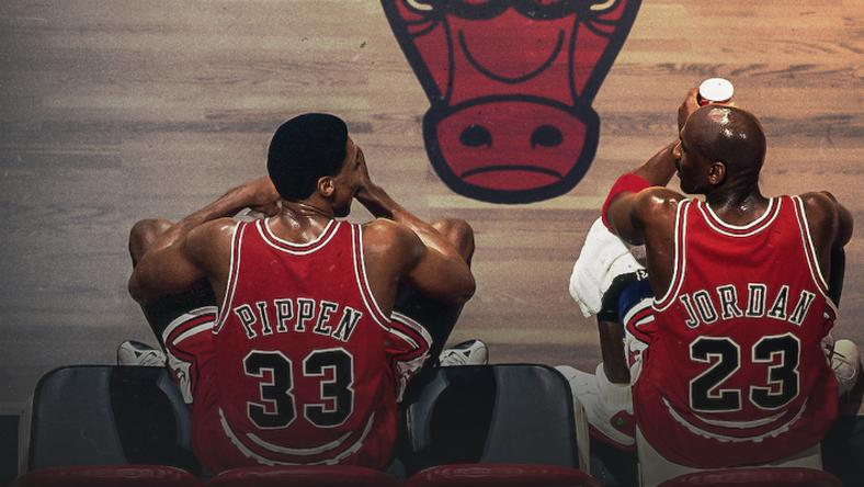 """The Last Dance"". W kadrze Scottie Pippen i Michael Jordan"