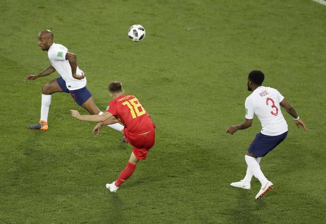 Januzaj postiže gol na meču sa Englezima
