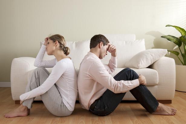 Zasadą jest, że sąd orzekający rozwód rozstrzyga także, czy i który z małżonków ponosi winę rozkładu pożycia.
