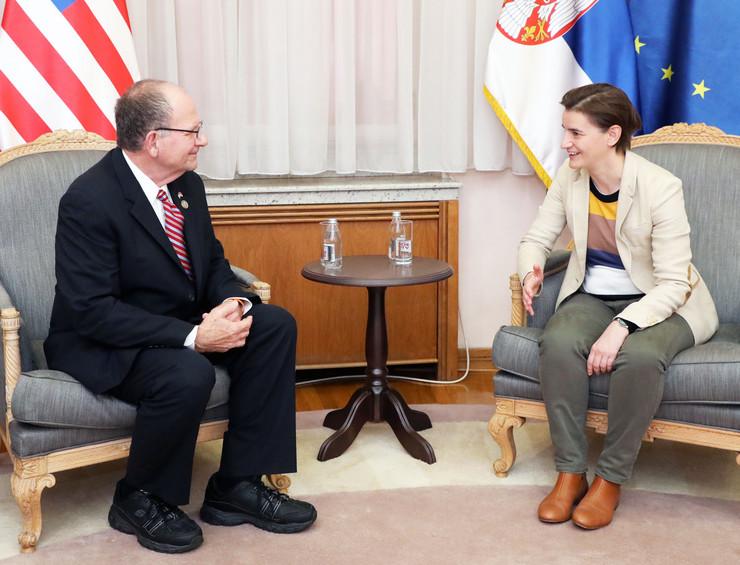 Ana Brnabić, Tanjug, Kabinet Vlade Srbije