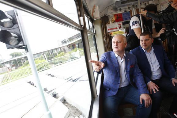 Vesić i Nikodijević na probnoj vožnji