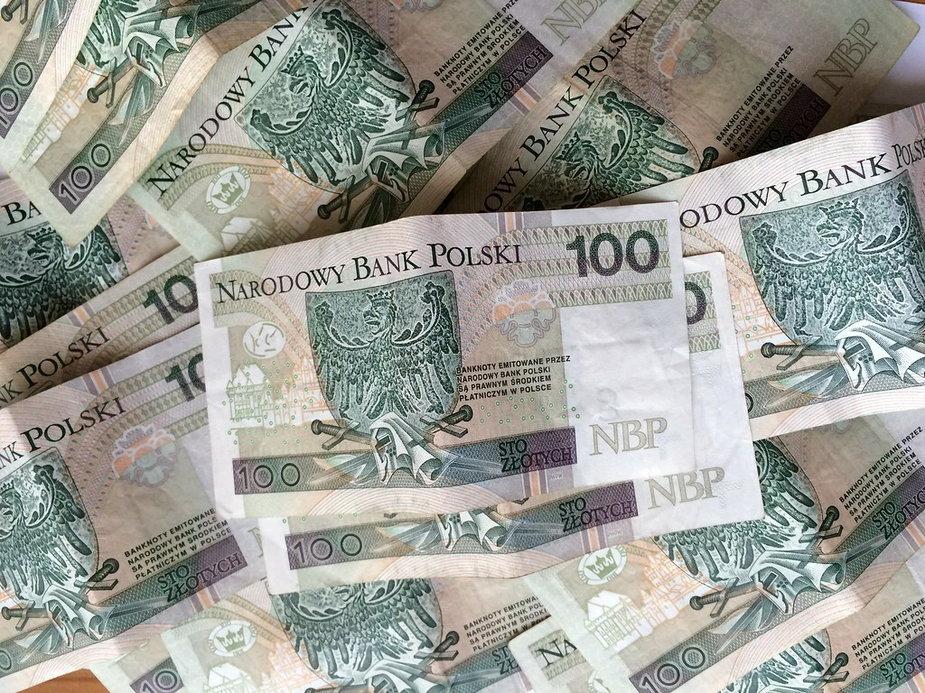Policja w Bielsku-Białej poszukuje właściciela portfela z pieniędzmi