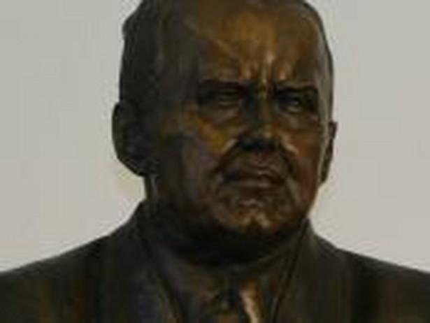 Popiersie Władysława Grabskiego w gmachu NBP przy ul. Świętokrzyskiej w Warszawie
