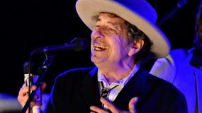 Bob Dylan przyjmuje Nagrodę Nobla