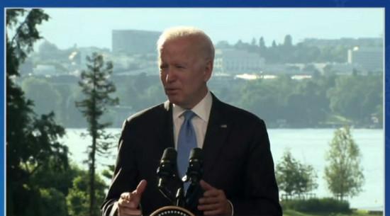 Biden już wychodził. Padło pytanie, które skłoniło go do gwałtownej reakcji