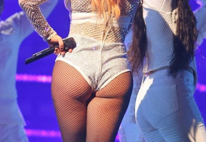 Ledi Gaga na sceni