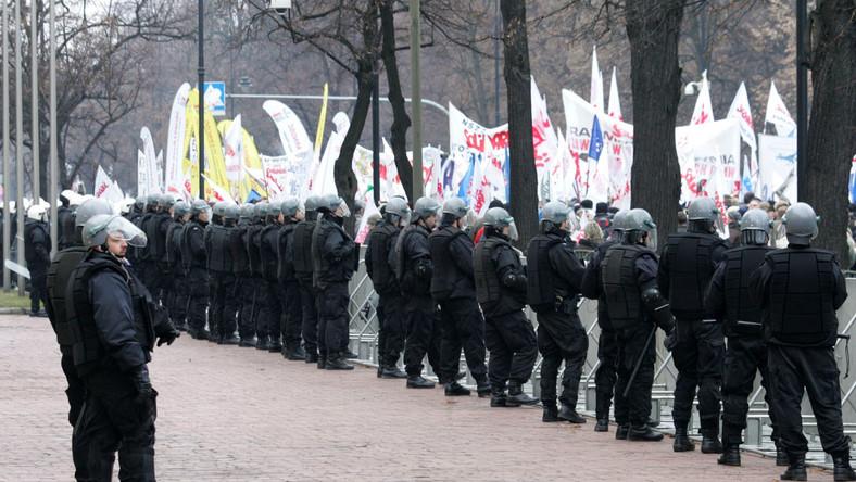 Warszawa szykuje się na związkowy najazd