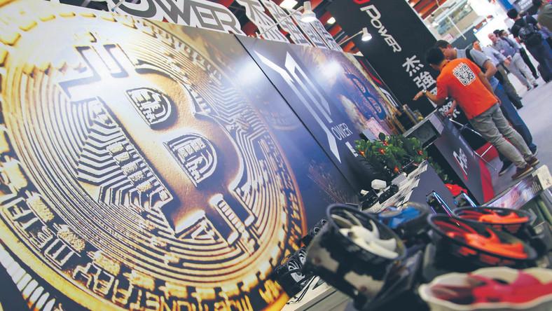 W szczytowym momencie za bitcoina trzeba było zapłacić prawie 68 tys. zł