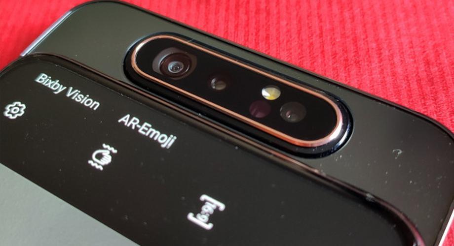 Samsung Galaxy A80: Coole Drehkamera für viel zu viel Geld
