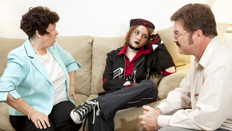 Gdy zachodzi podejrzenie, że dziecko ma do czynienia z narkotykami, warto jak najszybciej skorzystać z porady psychologa