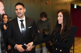Mitrović proglašen za fudbalera godine, njegova žena blistala od ponosa: Kristina nosila čizme za kojima ŽENE LUDUJU, a da li treba?