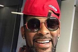 Sin popularne pevačice promenio pol, a muzičar bio šokiran kada mu je ćerka saopštila vesti (VIDEO)