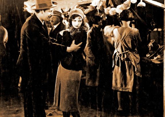 """Poznat češki klasik """"Tonka zvana vešala"""" gde Ita glumi prostitutku koja ispunjava poslednju želju ubici provodeći s njim noć pred pogubljenje"""