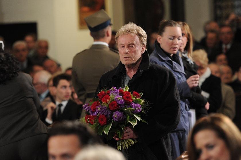 Daniel Olbrychski na pogrzebie Jaruzelskiego