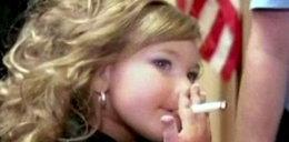Szok! 4-latka pali papierosy. Co z tego, że...